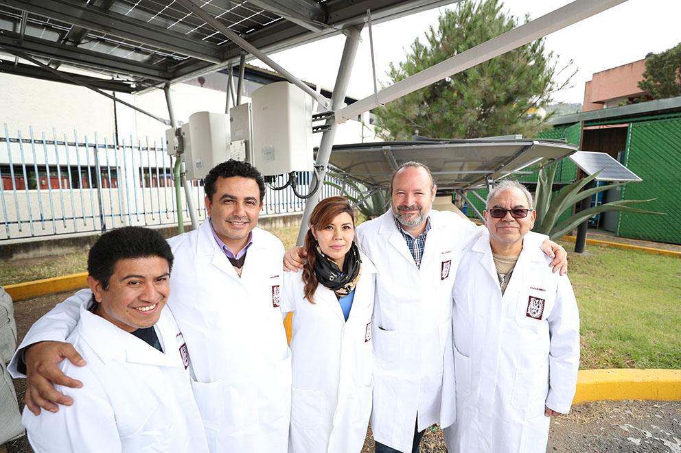 La planta es abastecida de energía eléctrica con paneles solares.