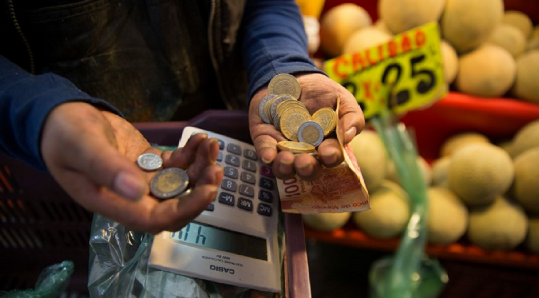 El consumo en bienes y servicios de origen nacional cayó (-) 0.7%.
