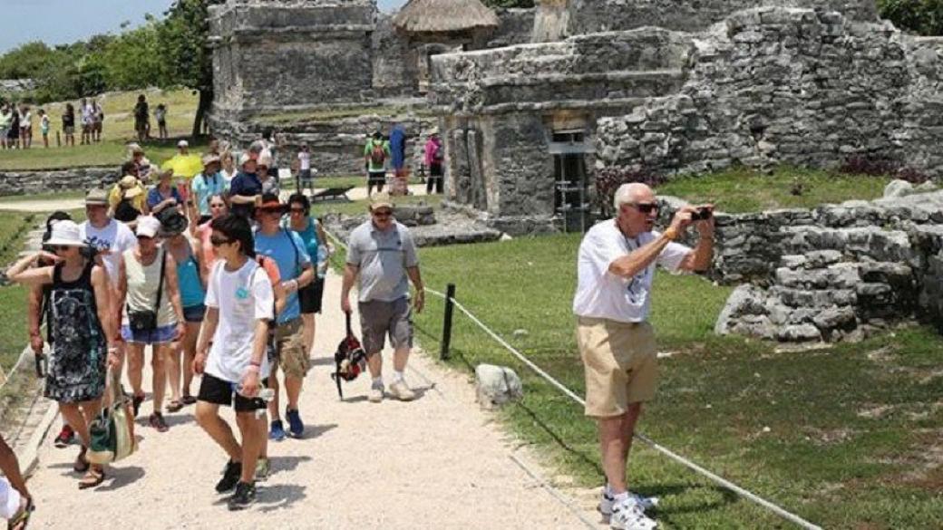 El gasto medio por turistas de internación aérea, 923.25 dólares.