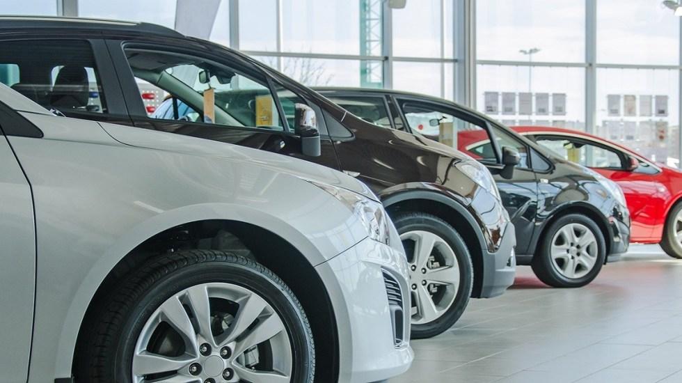 Ventas al público en el mercado interno, producción y exportaciones.