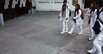 RETIRA A ESTUDIANTES DE MEDICINA Y ENFERMERÍA DEL SECTOR SALUD
