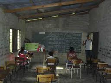EDUCACIÓN POR TELEVISIÓN UNIFORMIZA Y EXCLUYE A MUCHOS(AS) DE APRENDER